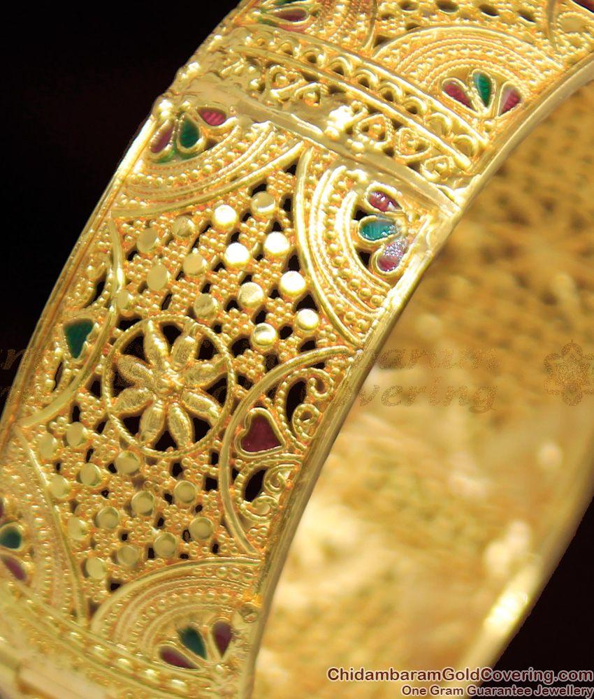 BR1054-2.8 Traditional Gold Flower Design Broad Kada Screw Type Bangle